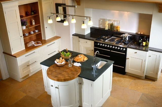Example of local Kirkstone slate with white cabinets:  Lovely contrast