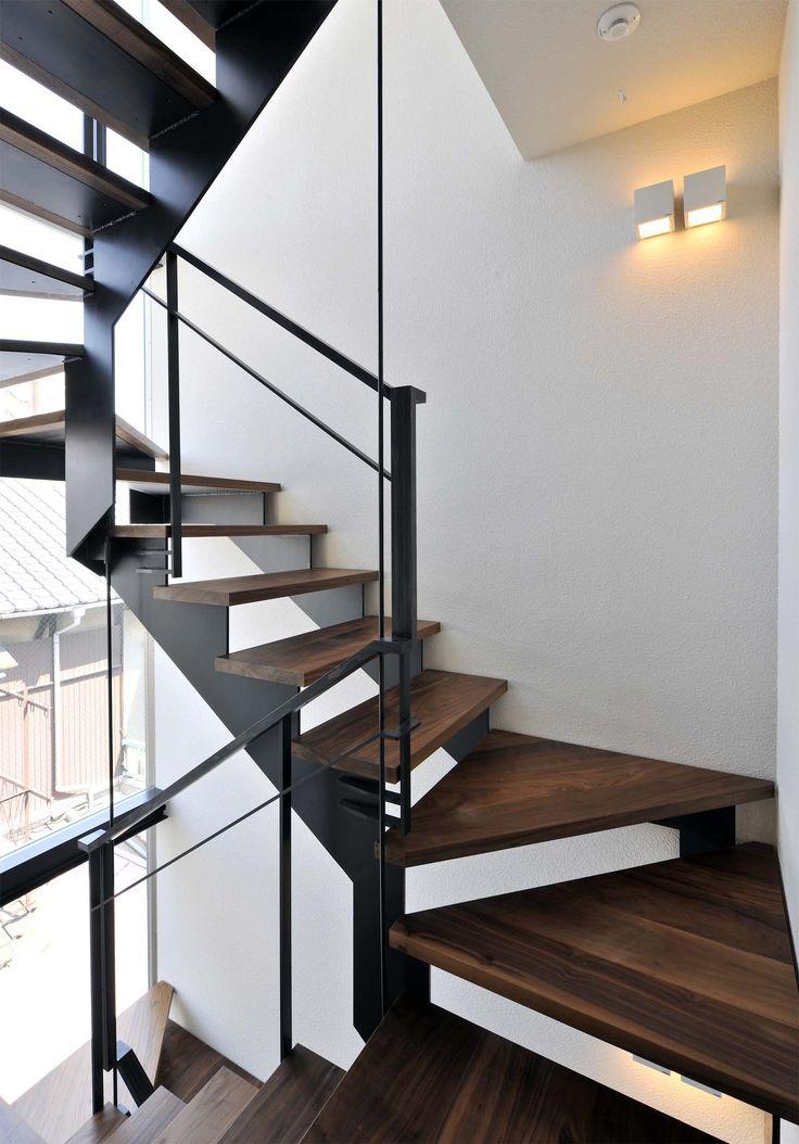 重量鉄骨造 | 設計 藤木庸介 コートヤードを家の中心に