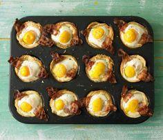 Toastmuffins: Alles was wir lieben in einem Muffin - Spiegelei und Bacon auf Toast und das gleich 12 mal.