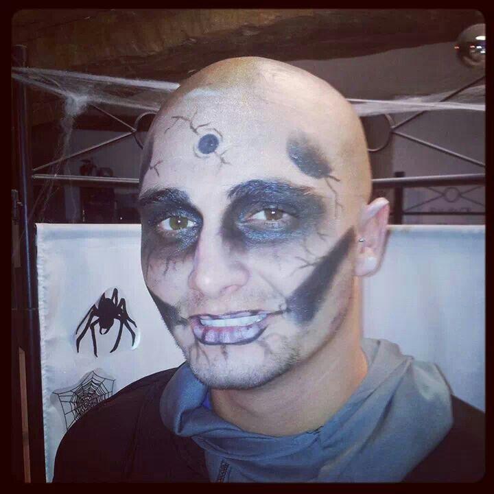 11 best maquillage images on pinterest make up looks makeup artistry and maquiagem - Maquillage halloween homme barbe ...
