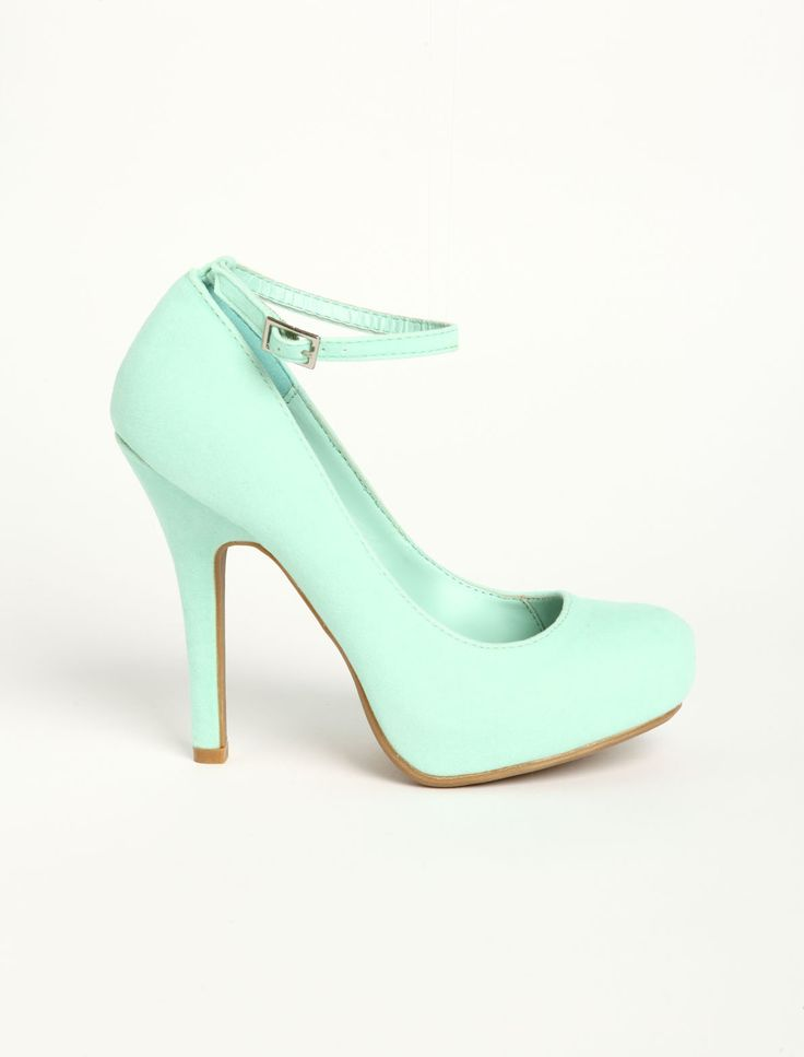 Tiffany blue heels....I'll pay anything or you.