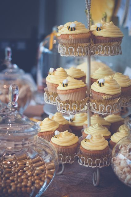 まるでプーさんの世界♡あまーくsweetなハチミツたっぷりHONEY wedding♡にて紹介している画像
