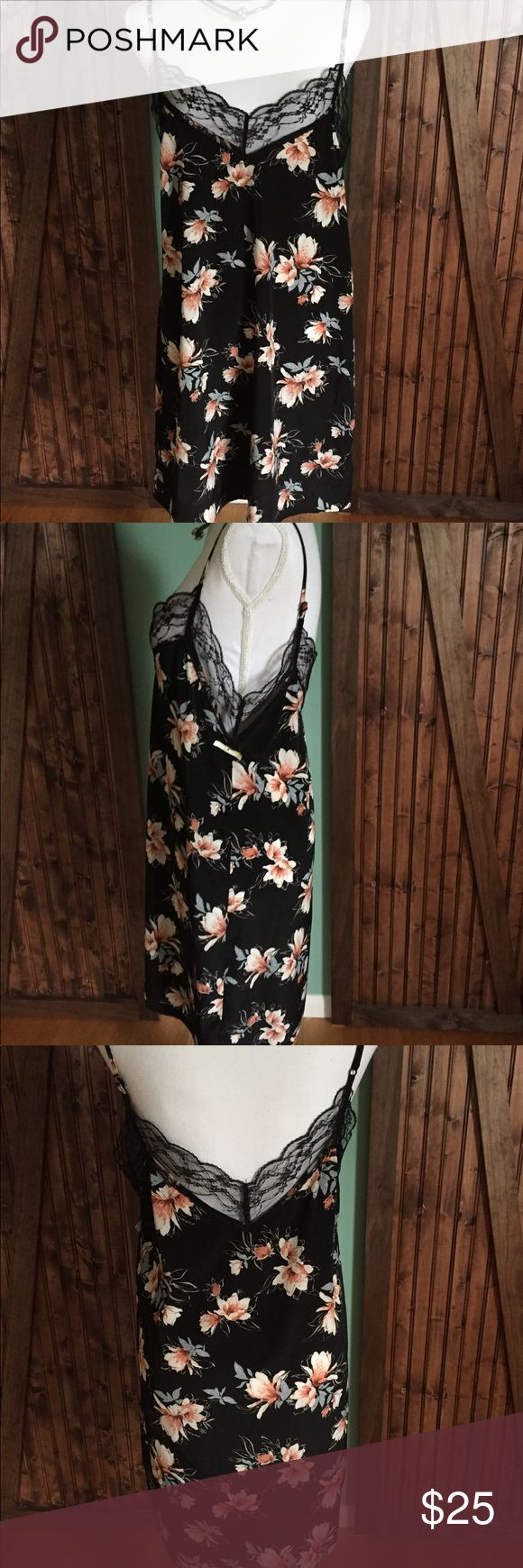 NWT GORGEOUS SEXY Dress Size L You will DEFINITELY impress anyone that sees you in this Dress... just Simply Gorgeous beautiful material Sexy Socialite Dresses Mini
