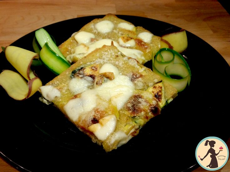 Schiacciata veloce patate, zucchine e provola