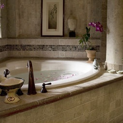 love the tiling around this garden tub