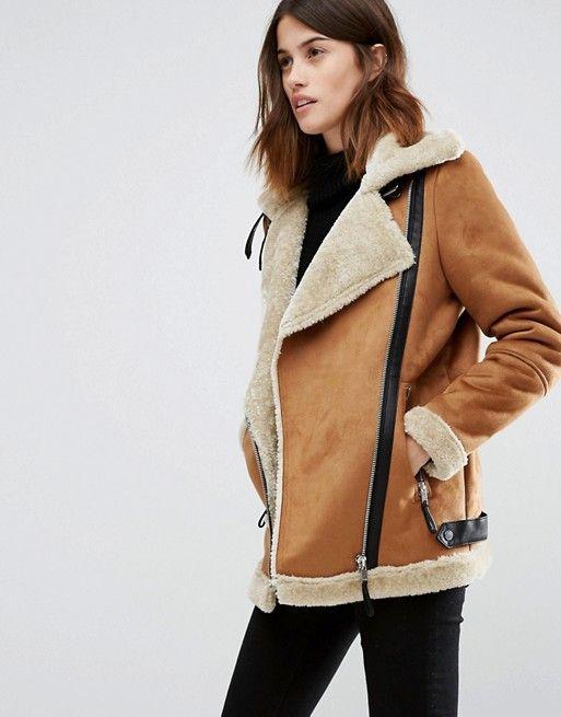 !! Hier nog wel te koop: http://www.simons.ca/simons/product/6652-10156528/Jackets+and+Vests/Faux-suede+aviator+jacket?/en/&catId=6685&colourId=24