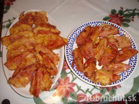Chalupárska rýchlovka (niva,plátky měkkého salámu,cibule,těstíčko)
