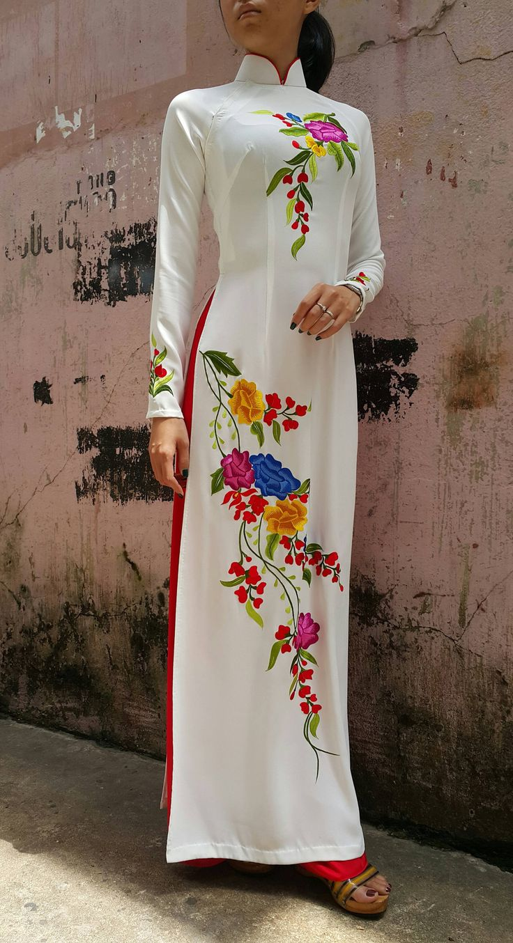 White Ao Dai (Vietnamese dress) Embroidered flower pattern. Tailor made to your measurements.