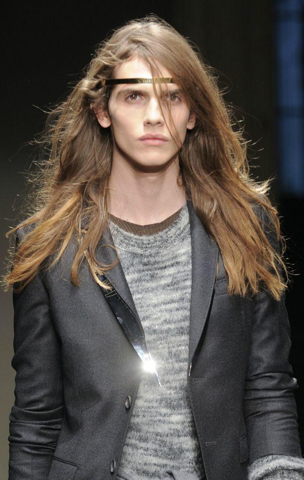 Lange Haare Ideen für Jungs - Beste Frisuren Haarschnitte ...