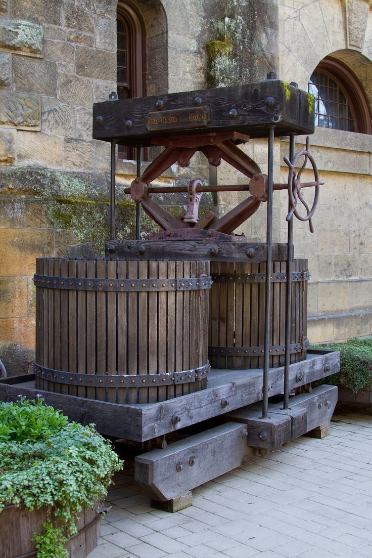 Vintage Wine Press can be seen in many wineries in Mendoza @RutaMendoza