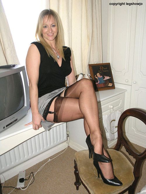 Shivered when wives in stockings and heels love