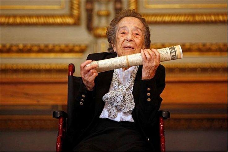 Manuela de Azevedo morreu, esta sexta-feira, aos 105 anos, no Hospital de São José, em Lisboa. Era a jornalista mais antiga do Mundo.