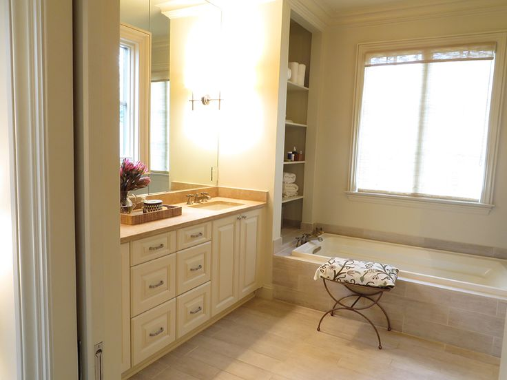 Researching the Bathroom Renovation Process - Bathroom renovation is a process. Before you choose a contractor who specializes in bathroom renovations in Birmingham, AL to work with, it's very important that you get an understanding of their process so that you have a better idea of the quality of work that they are going to be able to provide for you.