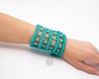 Billetero secreto de la pulsera. Color ancho pulsera de color turquesa. Pulsera para dinero, monedero de la pulsera, pulsera del brazalete de dinero. Monedero de muñeca