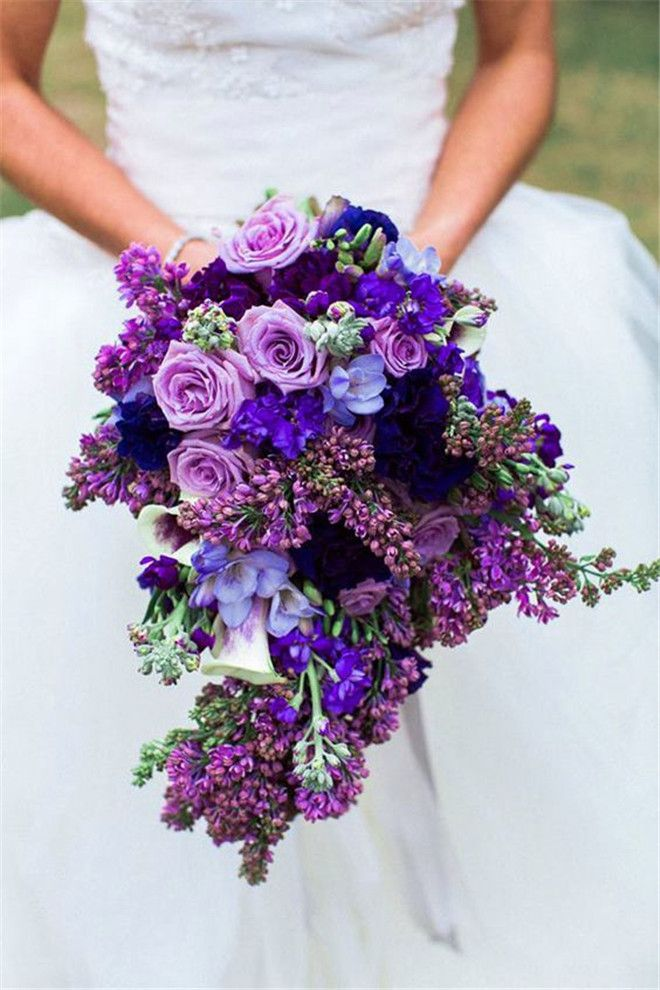 Color Of The Year 2018 20 Ultra Violet Wedding Bouquet Ideas