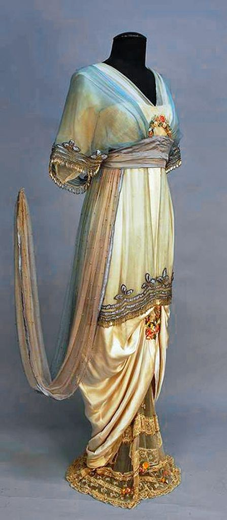 1914 / beautiful evenong gown - designed by lady DUFF GORDON