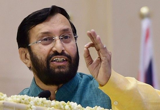 Union Minister Prakash Javadekar has said that NEET (Entrance exam for Medical Colleges) question paper will be uniform throughout India. #EducationalNews #ChennaiUngalKaiyil.