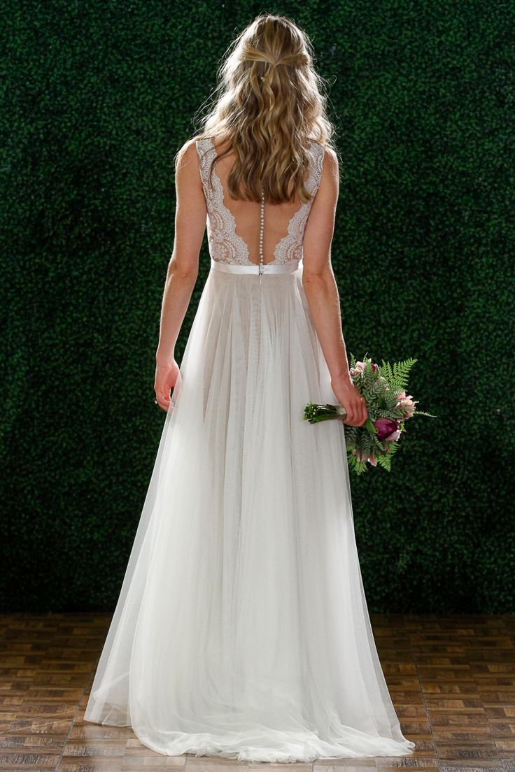 35 best images about ethereal wedding dresses on pinterest for Ethereal wedding dress