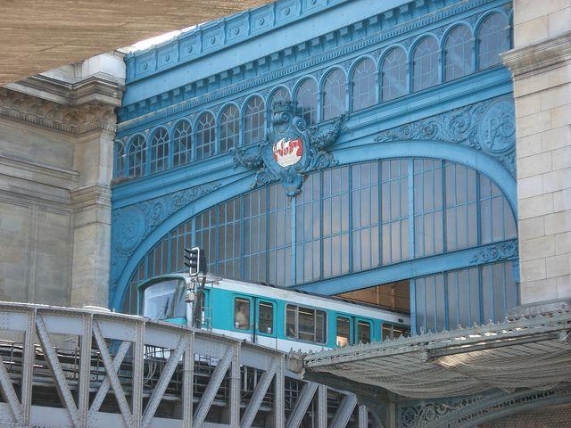 Métro Gare d'Austerlitz, Paris 13e, M5 M10 (correspondence RER C)