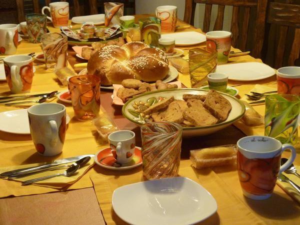 Facciamo colazione insieme? Tutti i prodotti che offriamo agli ospiti del B&B sono accuratamente selezionati. #b&b #Belluno #Dolomiti