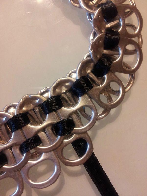 tutoriel pour un collier en tirette de canette Tutoriel to create a necklace with cans