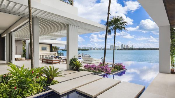 Jet Set Miami Home Inspired By A Super Yacht (Interior Design Ideas)