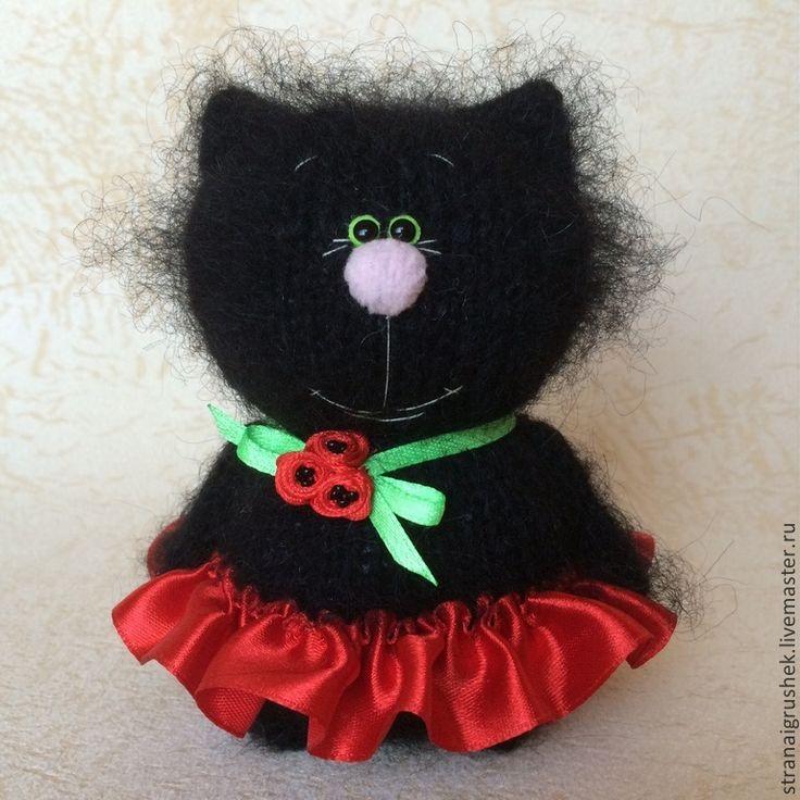 Киска Чернушка. - черный,киска,кошка,игрушка ручной работы,вязаная игрушка
