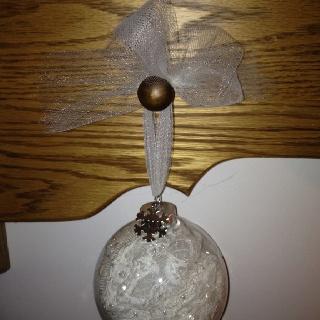 Wedding dress ornament