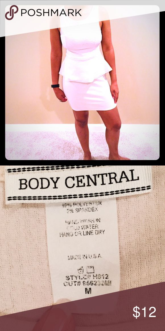 Body Central White Peplum Dress Textured white Peplum dress. True to size. Bit of stretch. Good condition. 🚫 holes, stains. Body Central Dresses