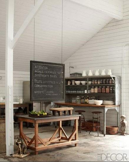 in Decor magazine, Ellen Degeneres' home - what a great look!