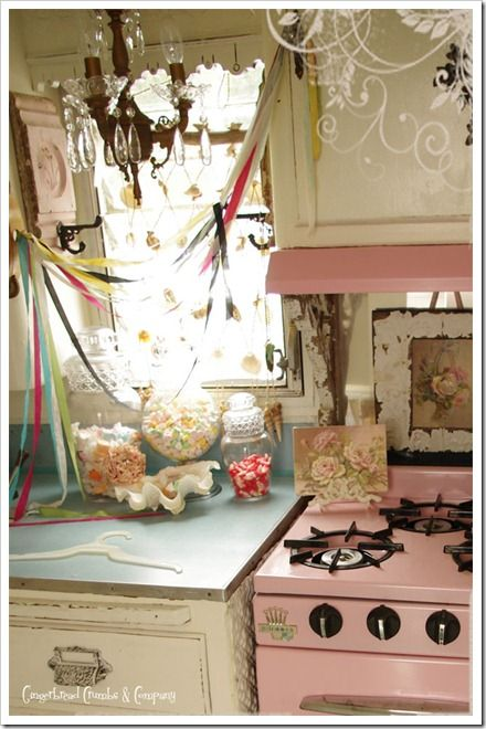 camper interiorIdeas, Camper Trailers, Vintage Trailers, Campers Interiors, Pink Stoves, Chic Kitchens, Shabby Kitchen, Shabby Chic Kitchen, Vintage Campers