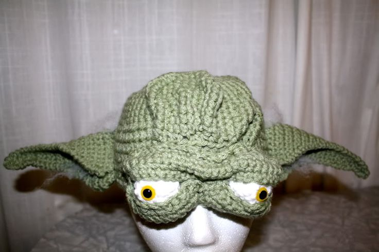 Free Crochet Pattern For Baby Yoda Hat : Yoda Hat - crochet Crochet Gorros Bufandas Chalinas ...