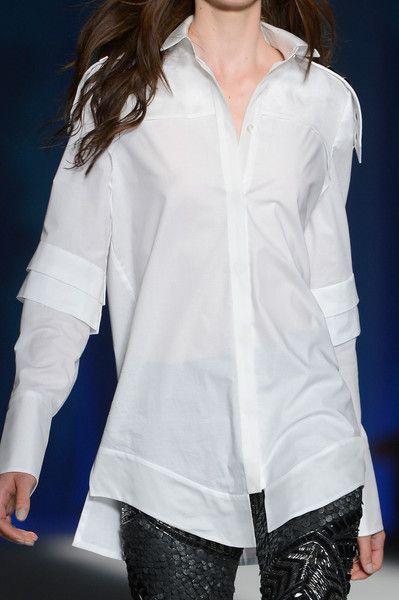 Just Cavalli Spring 2013 - Camisa blanca, mi favorita!