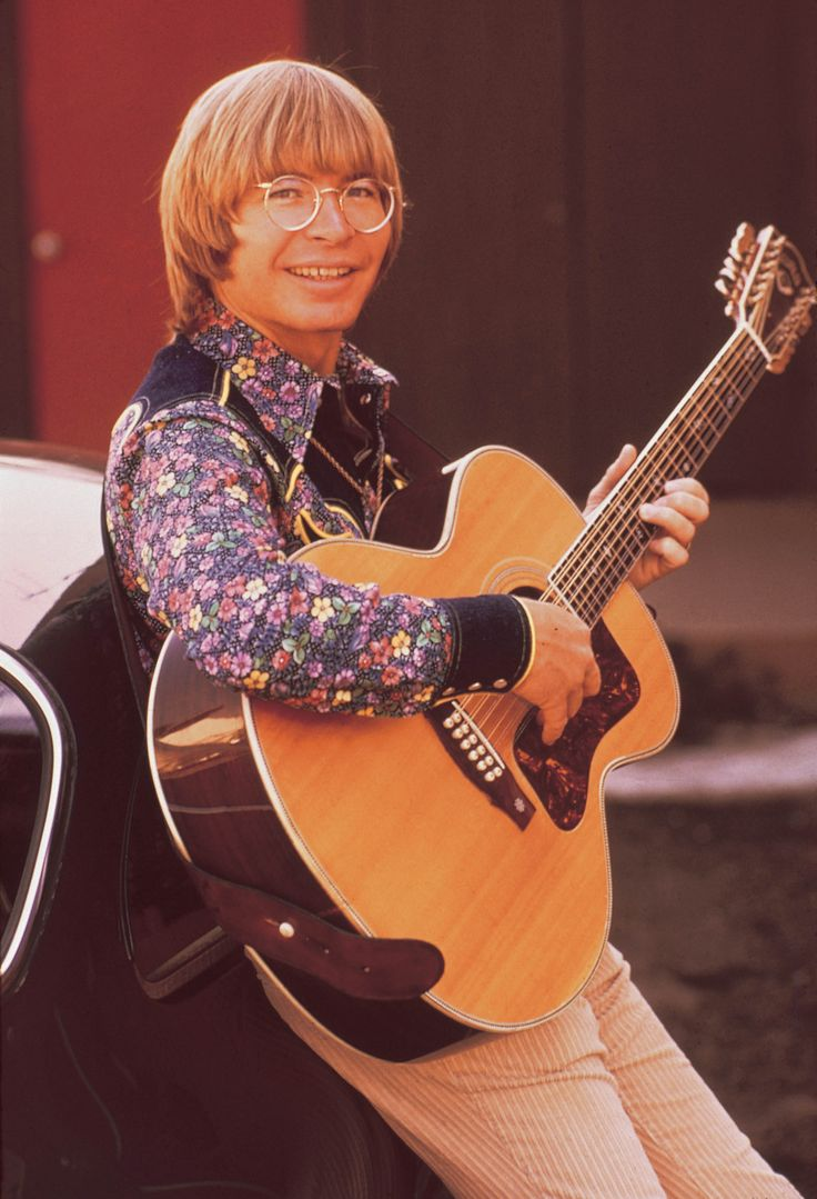 *✯ John Denver ~ Song: Country Roads ✯* i picked this picture because i think he looks good in it