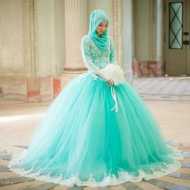 Cheap Wedding Gowns 2015 Muslim Wedding Dresses High Neck Long Sleeves Lace Lace Appliques Green Tulle Ball Gowns Islamic Bridal Gown Plus Size Custom Made Ball Gown Wedding Dresses From Marrysa, $144.41| Dhgate.Com