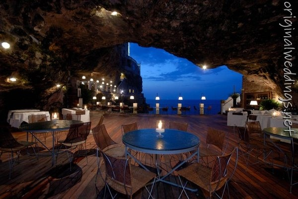 wedding venue! (seen by @Alissarho604 )Buckets Lists, Favorite Places, Caves Restaurants, Romantic Places, Travel, Cave Palazzese, Puglia Italy, Romantic Dinner, Hotels