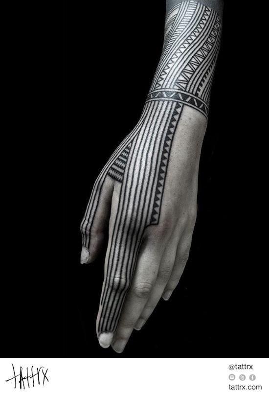 Nazareno Tubaro - Polynesian Fingers on @Tamara Lee