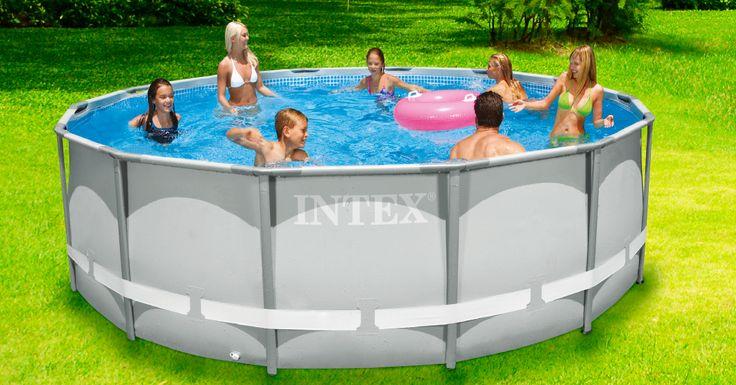 Las vacaciones de verano son sinónimo de piscina. #easytienda #Vacaciones #Easy