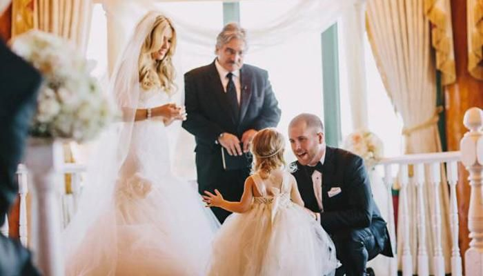"""Here is a groom who makes some vows to his stepdaughter, which is so special that it brings some """"happy tears"""" to the eyes of those present. And, also those who see this video! Take a look:"""