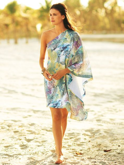 17 Best ideas about One Shoulder on Pinterest | Ruffle top ...