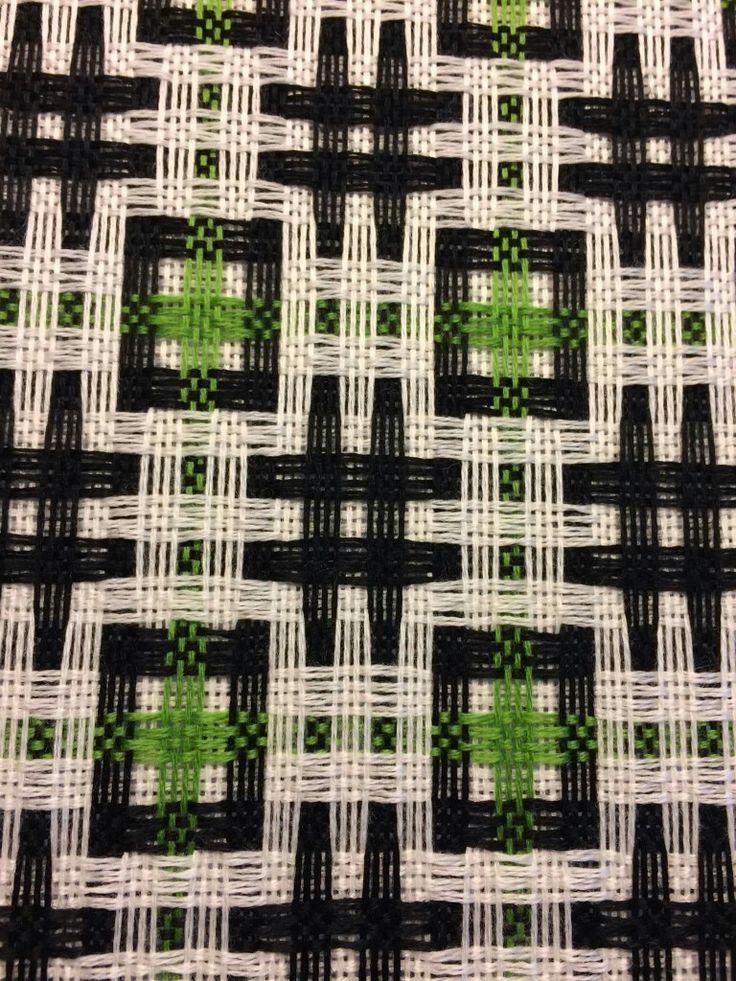 3 colour deflected double weave