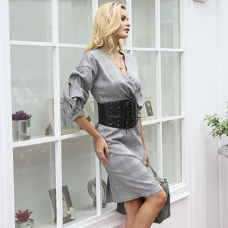 """Update your work wardrobe with this """"Keep It Authentic Dress"""". Workday or a dinner night!  #officeoutfit #officelook #smashshops #corset #beautiful #purse #girly #diva"""
