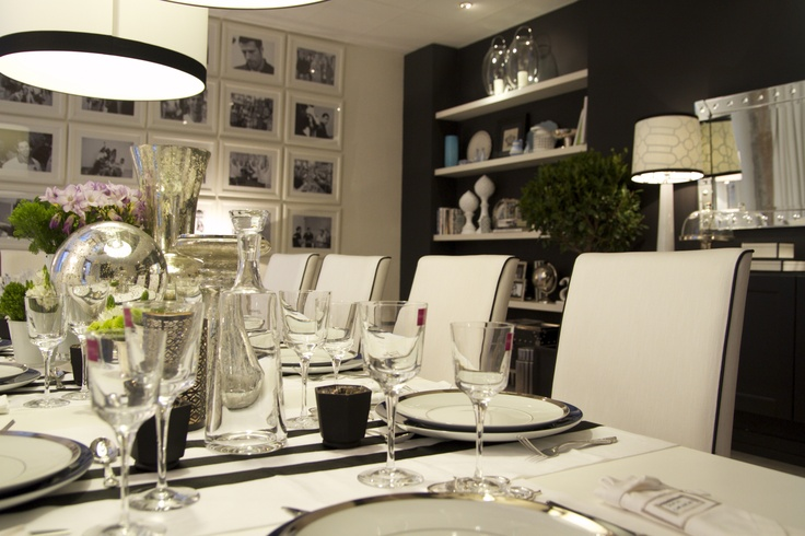 Project by Ana Antunes - Dining Room for all the tv show team - Black & White