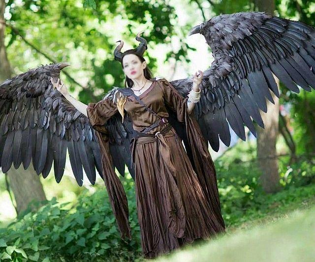 Малефисента картинка в полный рост с крыльями