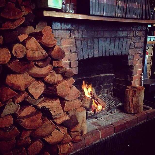 Downstairs by the open #fire at The Dan proving the perfect location for a Wednesday arvo team meeting on this #freezing #Melbourne day
