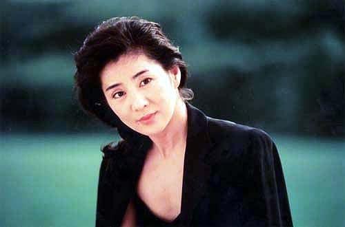 Sayuri Yoshinaga  Japanese actress