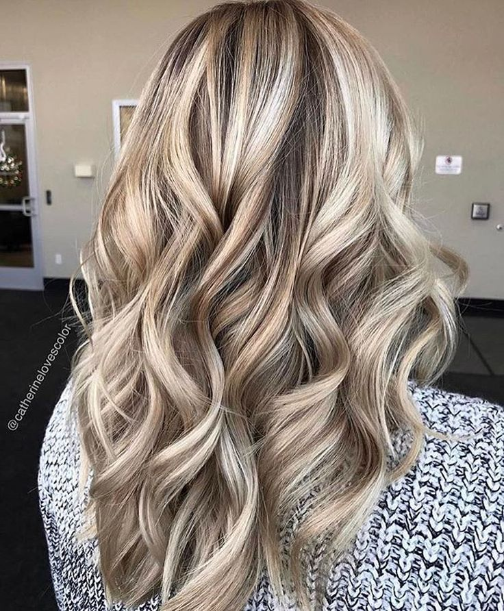 "4,972 Likes, 38 Comments - Balayage + Business Training (@mastersofbalayage) on Instagram: ""M a r b l e  C a k e By @catherinelovescolor"""