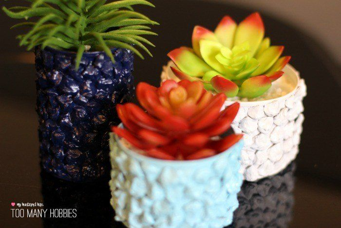 In honor of Earth Day, we are sharing a tin can planter idea using pine cones to add texture.  These colorful planters  are easy to make and look great sitting…