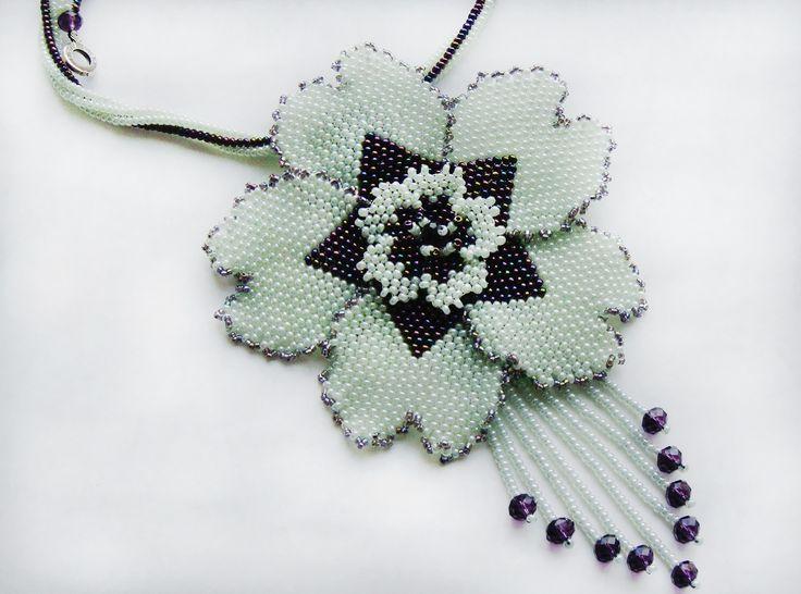 Летние цветочные кулончики - 5 штук. | biser.info - всё о бисере и бисерном творчестве