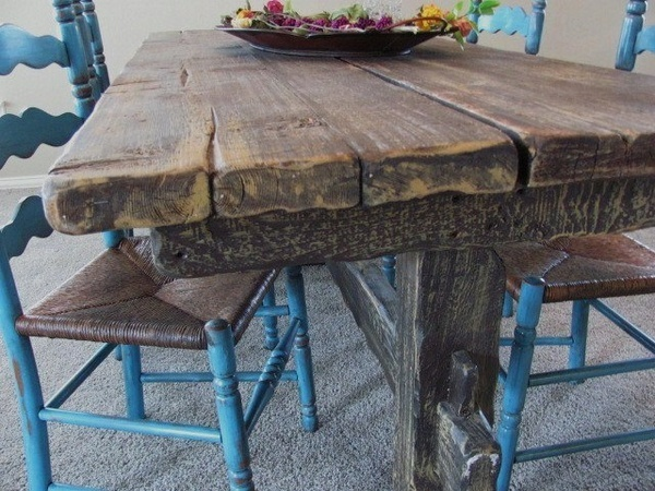 Rustic Table example-tables